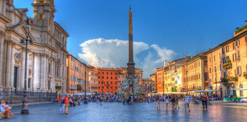 Piazza-Navona - YourSuiteRome